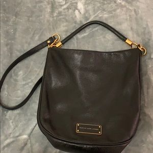 MARC BY MARC JACOBS BAG ONLY USED 2-3 TIMES!!